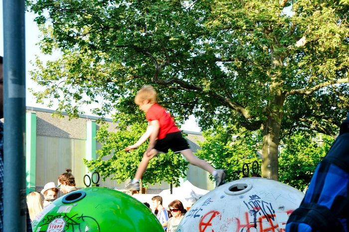 GERMANY🇩🇪DEUTSCHERLAND@ 2013 May Karneval Karneval Der Kulturen Jump Kids Boy Playing