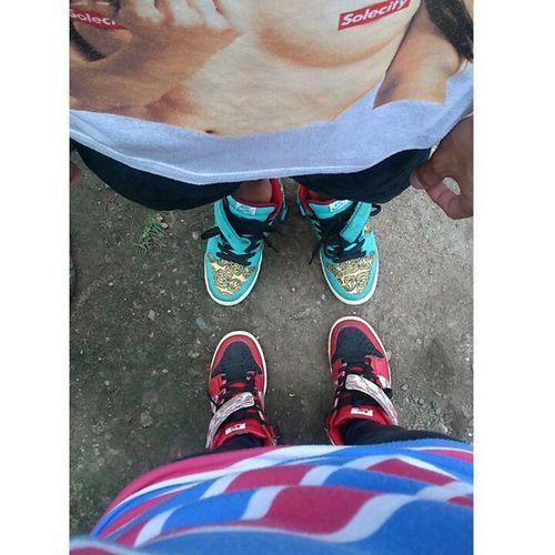 Nikesb Nikesblinoleums Nikesbpeacocks Walklikeus Kotd Coupleshoes Shoephoric NikeSBorNothing Shoeselfie Relationshipgoals ★☆★