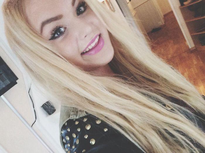 me :) Girl Blonde