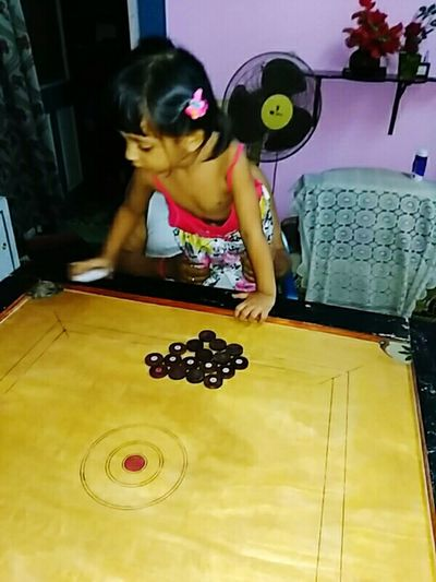 Try To Play Carrom