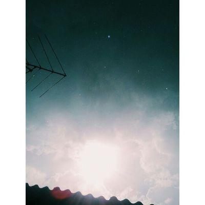 ▪ VSCO ▪ Vscobrasil ▪ Vscocam ▪ Vscofocus ▪ rain ▪ sun ▪ clouds ▪ colors ▪ lights