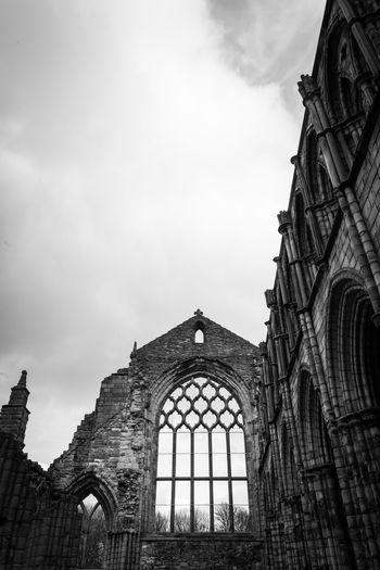 Black & White Cathedral Church Edinburgh Hollyrood Church Ruins Scotland Black And White Blackandwhite Dramatic