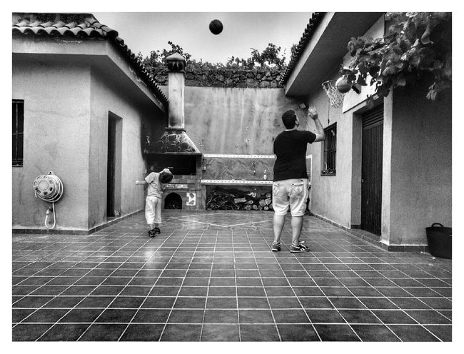 People Together Fine Art Photography Likeapaint New Talents TheWeekOnEyeEM Playing Sport Child Boys Showcase July HuaweiP9 Leicacamera Friendstime EyeEm Best Shots Sumer 2016 Blackandwhite Basketball B My Favorite Place