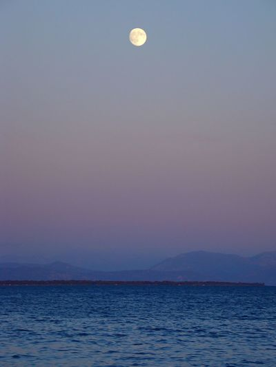 Sky Summer Outdoors Water Nature Moon Sea No People Mountain Night Relaxation Sea And Blue Sky Nature Sommergefühle