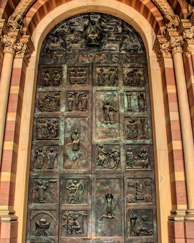 Dom zu Speyer Speyer Door City Place Of Worship History Bas Relief Arch Pattern Architecture Built Structure Building Exterior Architecture And Art Architectural Detail Arched Architectural Feature Pillar Architectural Design Traditional Building Sculpture Human Representation Historic Fresco