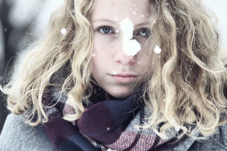 Winter❄ Portrait Beauty Looking At Camera Beautiful People One Woman Only Only Women Beautiful Woman One Person Women Close-up Adults Only People One Young Woman Only Adult Young Adult Indoors  Day EyeEmNewHere EyeEmNewHere The Portraitist - 2017 EyeEm Awards