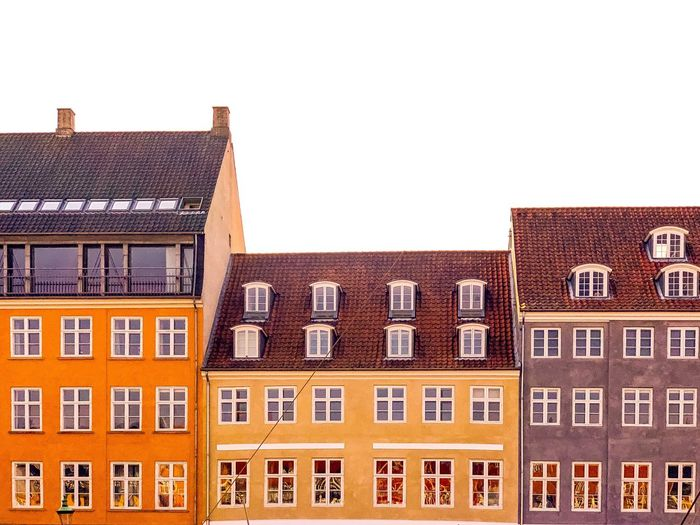 🇩🇰 EyeEm Selects Arch EyeEm EyeEm Gallery Colorful Symmetry Copenhagen Color Colors Denmark Architecture_collection cityscapes Architectural Detail EyeEmBestPics Window Architecture WeekOnEyeEm EyeEm Best Shots Architectureporn Architecture Building Exterior Built Structure Building Window City Residential District House Row House Outdoors Roof