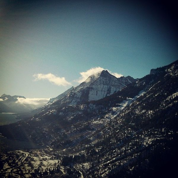 Anyone up for a trip to the mountains before winter is gone? Waterton Yql Uleth Rockies Rockymountains Travelcanada Travelalberta Albertatourism Alberta Ab Travelwaterton Winter Instanature Instagood Natureporn Nature Greatnorthcollective Snow Hike Solotraveler Backpacking Canadatourism Exploretherockies Snowshoeing
