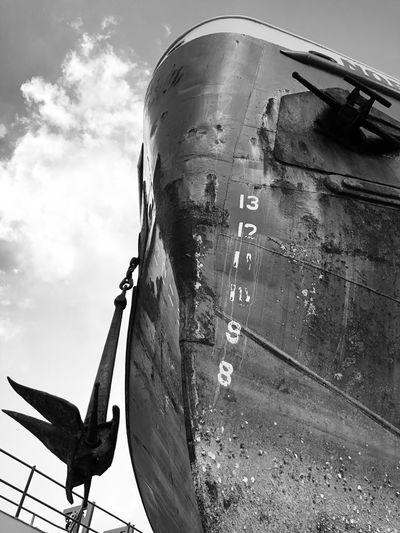 Repairs Cloud - Sky Monochrome Draft Black And White Blackandwhite Black Drydock Ship Bow Anchor Day Transportation Mode Of Transport No People Outdoors Sky Air Vehicle