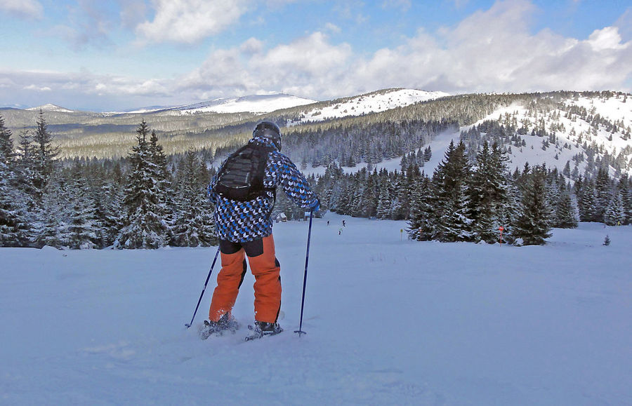 Ready to go! Adventure Backcountry Backpack Extreme Sport Extreme Sports Leisure Activity Lifestyles Mountain Offpiste Real People Scenics Ski Holiday Skiing Snow Winter Winter Sport