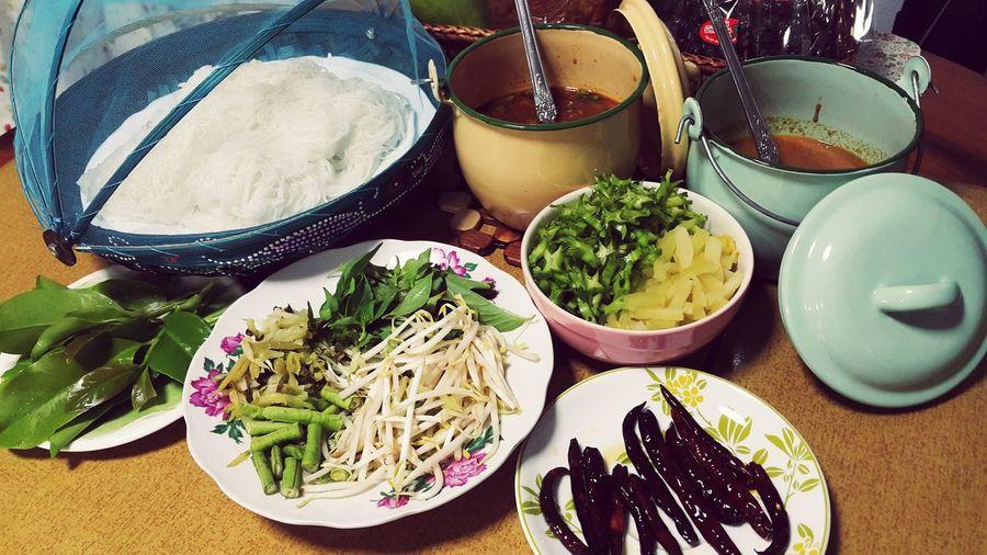 ขนมจีนที่บ้าน งานพร๊อพแน่น