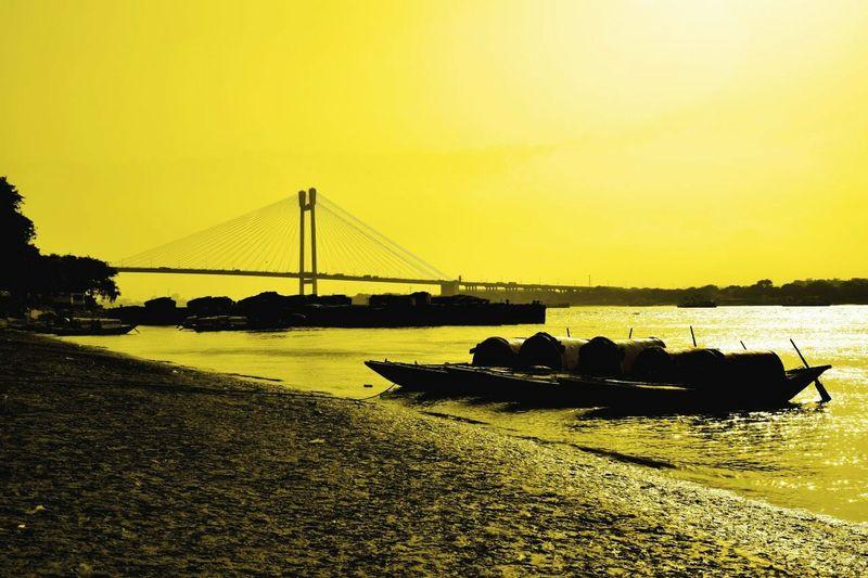 Princep Ghat Kolkata Hooghly Hooghlyriver Boat Bridge Nikonphotography Tone Photography EyeEm Nature Lover EyeEm Gallery EyeEm Best Shots - Nature Eyeemkolkata