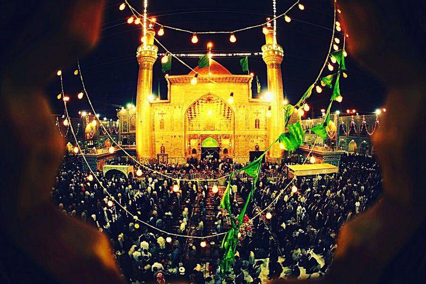 Bu gece bir bayram havası var kutsal türbede.. An Najaf Al Ashraf Imam Ali Bin Abi Talib Golden Dome Shrine Of Hazrat Ali First Eyeem Photo