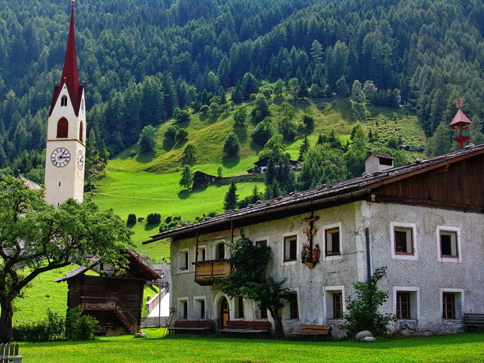 Südtirol Architecture Building Exterior Built Structure Grass House Mountain Nature Outdoors Tree Südtirol Architecture Building Exterior Built Structure Grass House Mountain Nature Outdoors Tree Plant Architecture Residential District Beauty In Nature Cottage Place Of Worship Landscape Building