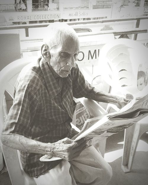 One Man Only One Person Oldman Newspaper Poorman