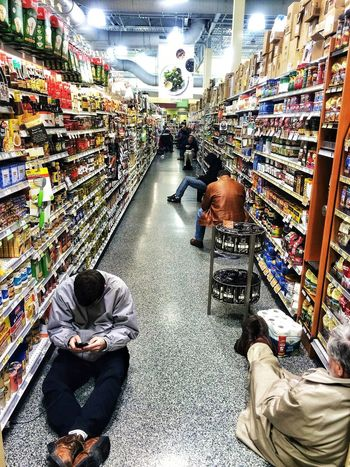 Grocerystore Aisle Shopping Refugees