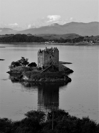 Architecture Black & White Black And White Blackandwhite Bnw Built Structure Castle Check This Out Escocia EyeEm Gallery History Mountain Reflection Riverbank Scenics Scotland Stalker Castle Travel Travel Destinations Water Monochrome Photography