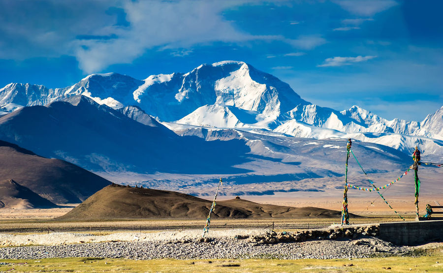 Mountain Everest Beauty In Nature Cloud - Sky Cold Temperature Day Everest Landscape Mountain Mountain Range Nature No People Outdoors Physical Geography Scenics Sky Snowcapped Mountain Sunlight Travel Destinations