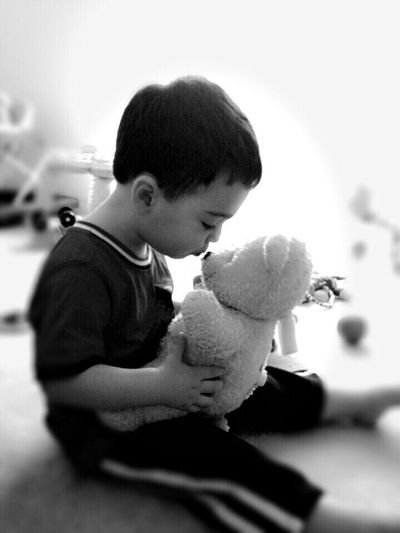 Memories Cute Child Life Love Teddybear Kiss Kids Being Kids Cute Kids Lovable Teddy Bear Lovable Kids Sweet Child Love ♥