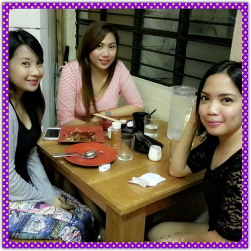dinner with highschool laloves :-)