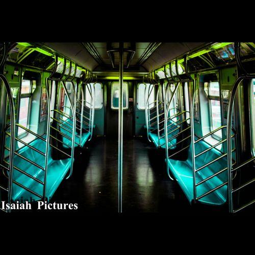 Vivid Dreams 😴 Subway NYC LIFE ♥ Canon_photos Eyeeminstagram Architecture_collection Nycprimeshot EyeEmNyc Being Creative Canoneos