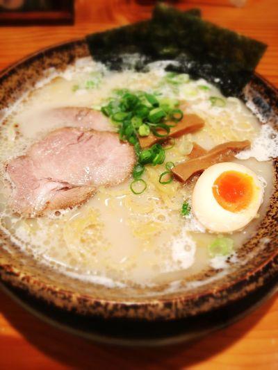 豚骨塩らーめん680円。細麺で♪ IPhoneography Ramen