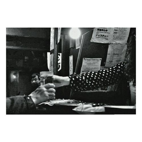 Bar | Shinjuku | LeicaM7 50mm hp5 blackandwhite film | Tokyo street | 2012
