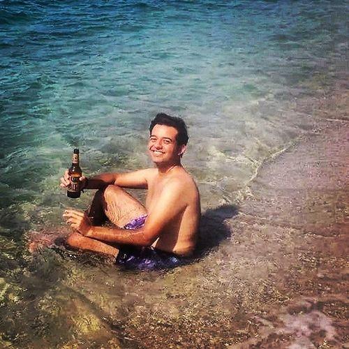 Clupmed Fransıztatilköyü Foca Sahil deniz cool relax bira efesmalt kum güneş instamood alkol sigara tadınıçıkar keyif koy