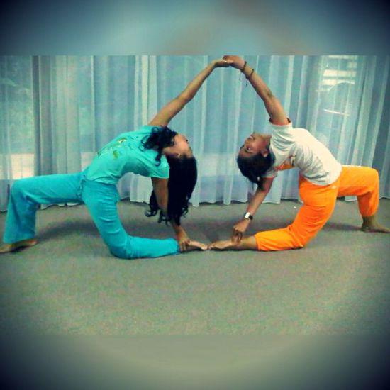Duet Yoga Acroyoga Yoga ॐ Yogatime Yogaeverydamnday Showtime Love