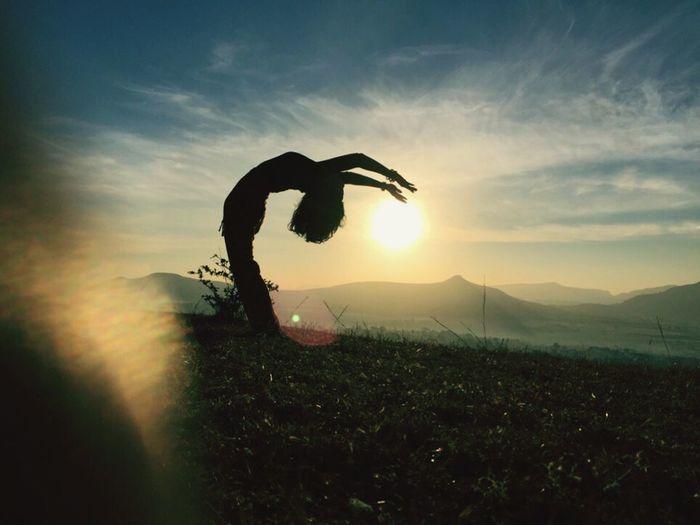Backbend Backbending Yogapose Suryanamaskar Sunsalutation Silhouette