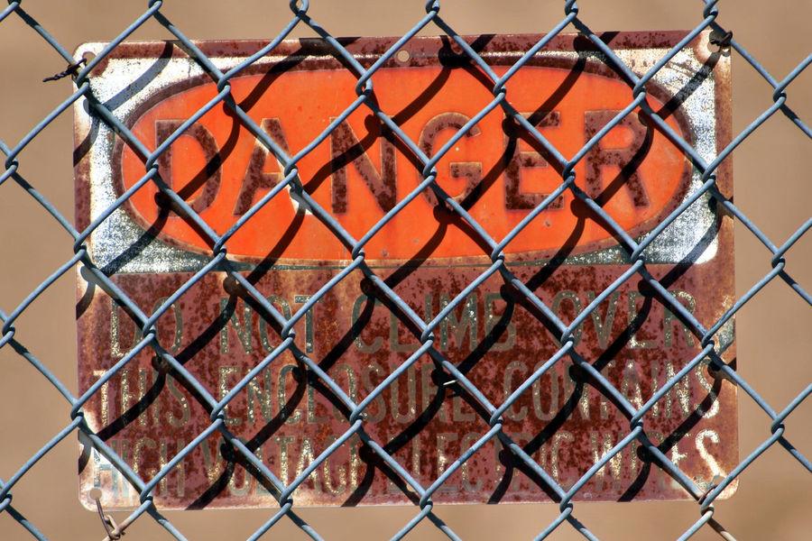 Chain Link Chain Link Fence Chainlink Fence Danger Danger Sign Fence Metal Orange Color Pattern Protection Safety Warning Sign