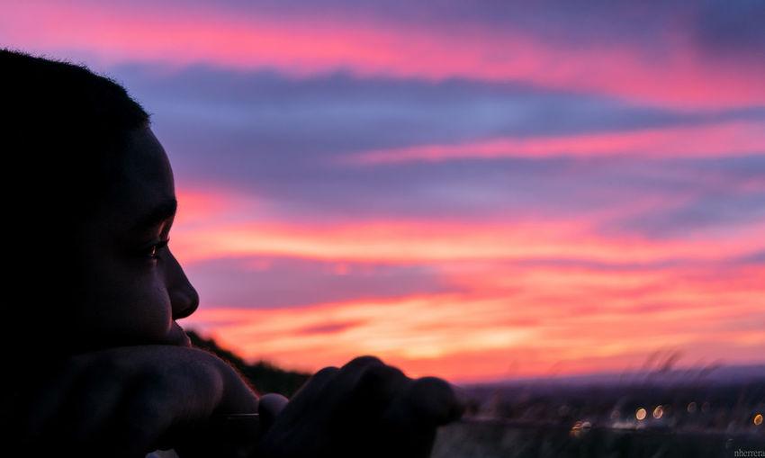 Pensando en nada Relaxing Enjoying Life Landscape Sky Clouds Photo Photography Atardecer Clouds And Sky Summertime Sunset Sun