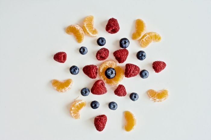 EyeEm Selects Healthy Eating Healthy Lifestyle Arts Culture And Entertainment Food Fruit Beauty Multi Colored Lifestyles Freshness No People White Background Day Raspberry Fruit Photography Food Photography Tangerine Healthy Food Blueberry Blueberries Food And Drink Mandarine Raspberries Fruits Tasty😋