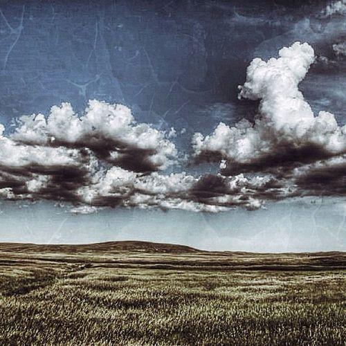Happily resting in these hills. The #sandhills of #nebraska (took this last year) #jj#jj_forum#igersnebraska#nebraskalove HDR Igersnebraska Grunge Skyblue Photooftheday Nebraskalove Wheat Ratcliff GCS Stuckincustoms Igers IGDaily Jj  Nebraska Instagood Instagramhub Jj_forum The_guild Primeshots Sandhills Clouds Altexpo