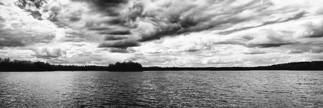 Cloud - Sky Tranquility Beauty In Nature Sky Scenics Nature Tranquil Scene No People Lake Outdoors Water Storm Cloud Day Tree The Great Outdoors - 2017 EyeEm Awards Exceptional Photographs Blackandwhite Black And White Black & White Lakeside Lake View Lakeshore Dramatic Sky EyeEm Masterclass Hello World Neighborhood Map Neighborhood Map Lost In The Landscape