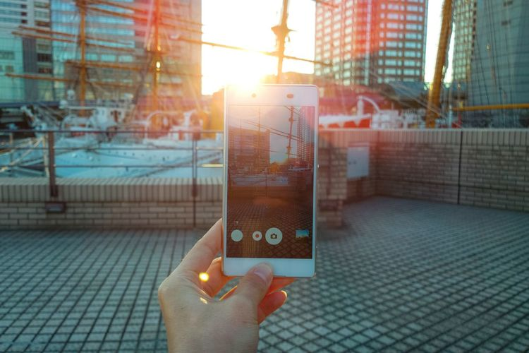 Human Meets Technology Smartphone My Favorite Photo Light And Shadow Showing Imperfection | ShotOnMyLumia  Lumia1020 The Great Outdoors With Adobe The Architect - 2016 EyeEm Awards Envision The Future The Innovator Ultimate Japan Fine Art Photography Adventure Club Internet Addiction