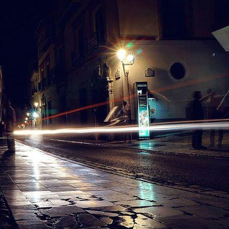 Larga exposición en el Paseo de los tristes, Granada [Camara: Sony Alpha a3000] Vscocam VSCO Vscogood Sonyalpha Alpha3000 Sonyimages Sony_shots Picoftheday All_shots Bestoftheday Photooftheday Snapshot Igers Instagood Granada Ig_granada Loves_granada Ok_granada Ok_andalucia DreamingGranada Andalucia_monumental Andaluciaviva Landscape Night Longexposure lightpainting beautiful