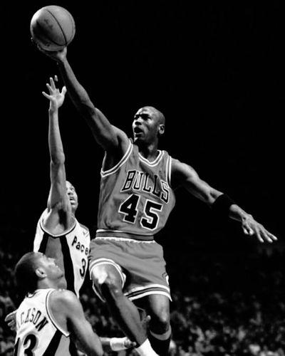 M.J MJmondays Jordan Basketball Michael Jordan BasketBallneverStops Ballislife Mj Picoftheday Blackandwhite Throwback