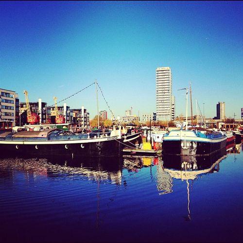 Poplar Dock Marina from yesterdays walk ? #bluesky #amaro #all_shots #jj #insta_uk #insta_london #alan_in_london #boats Boats All_shots Bluesky Jj  Amaro Insta_uk Alan_in_london Insta_london