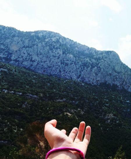 Ormana EyeEmNewHere First Eyeem Photo Human Hand Mountain Nature Outdoors Tree Sky Beauty In Nature
