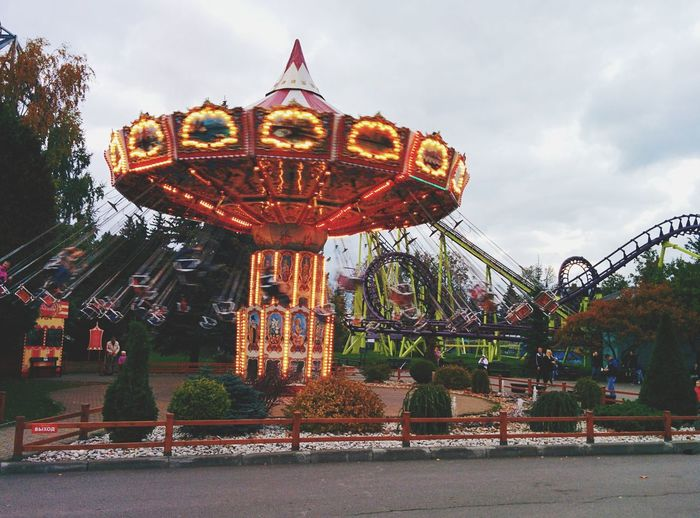 Carousel Merry-go-round Amusement Park Ride Ferris Wheel Arts Culture And Entertainment Amusement Park City Fun Traveling Carnival Traditional Festival Rollercoaster