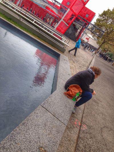 Diagonale Red Architecture Urban Geometry Reflection Rainy