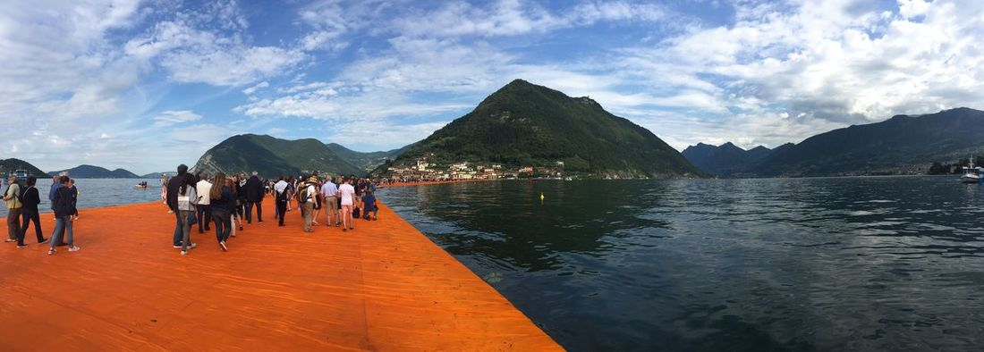The Floating Piers Check This Out Taking Photos Enjoying Life Thefloatingpiers The Floating Piers Floating Piers Italy❤️ Italia Lago D'Iseo Lago Di Iseo Sulzano The Floating Piers By Christo View Beautiful Taking Photos Check This Out Relaxing Italy Lombardy Lombardia Original Experiences