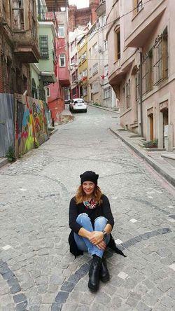 Balat Sokakları Balat Sokaktahayatvar Sokakfotografi Bendenbirkare That's Me! Streetphotography Streetphoto_color Street Photography Sokakfotografciligi Sokaklar Benim