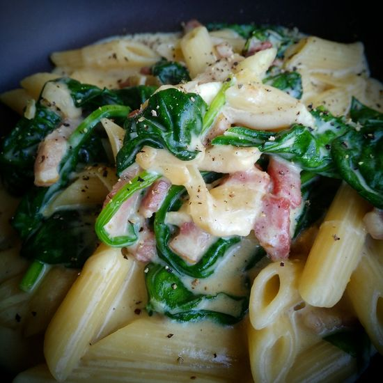 Aldente Penne Pasta with Creamsauce , Fresh Spinach , Onion , Ginger and Smoked Bacon! I Love Food! Buonappetito ! See my other Foodpics too!