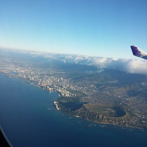 InFlightPhoto Oahu Hawaii Diamondhead Honolulu HawaiianAirlines Airplane Travel Trip SunnyDay Clouds BlueSky Ocean