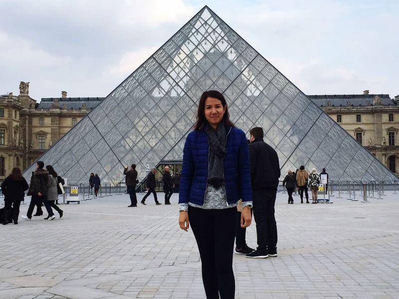 Paris louvre niceweather
