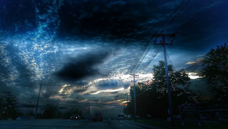 """https://youtu.be/AwdjreJKggg """"Alive in the Superunknown . First, it steals your mind then it steals your soul."""" The Impurist Notes From Outer Space Skystalkers_elite We Are Nature Sunriselovers Sliver Lining  Alien Light Darkness And Life Cloudscape Treetasticthursday Electr⚡️cal L❤️ve Mother Vs Nature Nature Of The Experiment Soundgarden Musical Photos Lyricalartistry"""