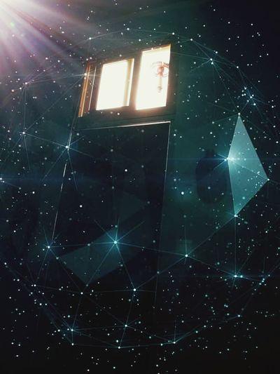 Secuestro Terror Miedos Claustrofobia Inconciente Space Illuminated Space Exploration Galaxy Ventana Luz Lumen Noches🌙 Dias Vida Day Spirituality History Fé Paz