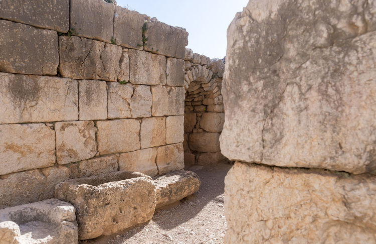 Passage through the fortress wall in Nimrod Fortress located in Upper Galilee in northern Israel on the border with Lebanon. Nimrod Fortress History Heritage Castle Fort Israel Saladin Beybars Crusaders Ayubids Mamluks Assassins Tower Travel Destinations Wall Stone Material National Park Tourism Hill Old Ancient Architecture Medieval Landmark Ruin Protection